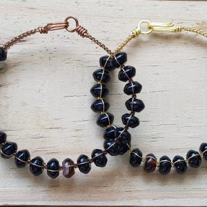 Agate (black) Wirebangle